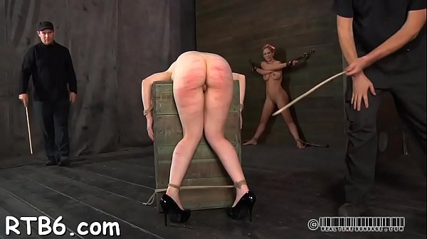 Skinny, Caning, Chain