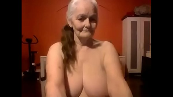 Big tits, Grand mom